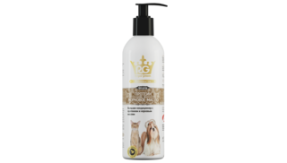 Royal Groom conditioner with protein and mink oil